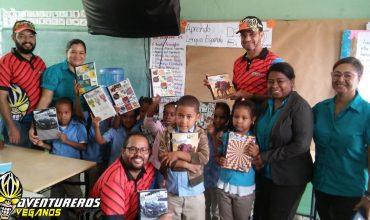 Entrega de Libretas en Escuelas de La Vega